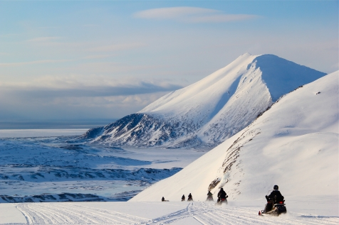 Svalbard Snowmobile Expeditions