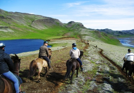 Trek Through The Beautiful Icelandic Landscapes