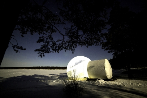 Upgrade to A Night In An Aurora Bubble