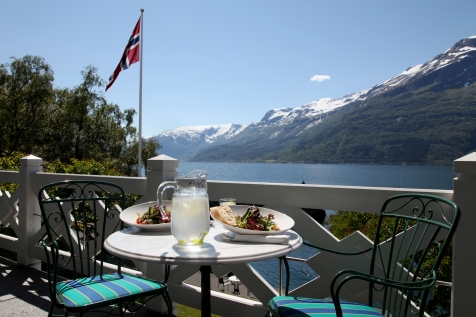 Enjoy Lunch With Breathtaking Views