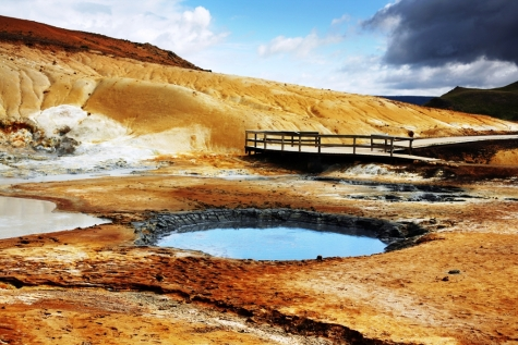 Explore The Geothermal Area Of Reykjanes Peninsula