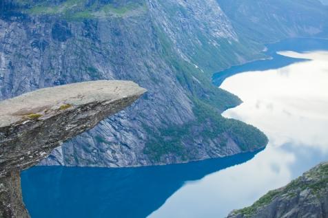 Spectacular Scenic Cliff