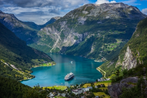 Stunning Views Over Geirangerfjord