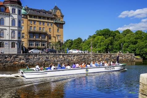 Classic City Tour By Paddan Boat