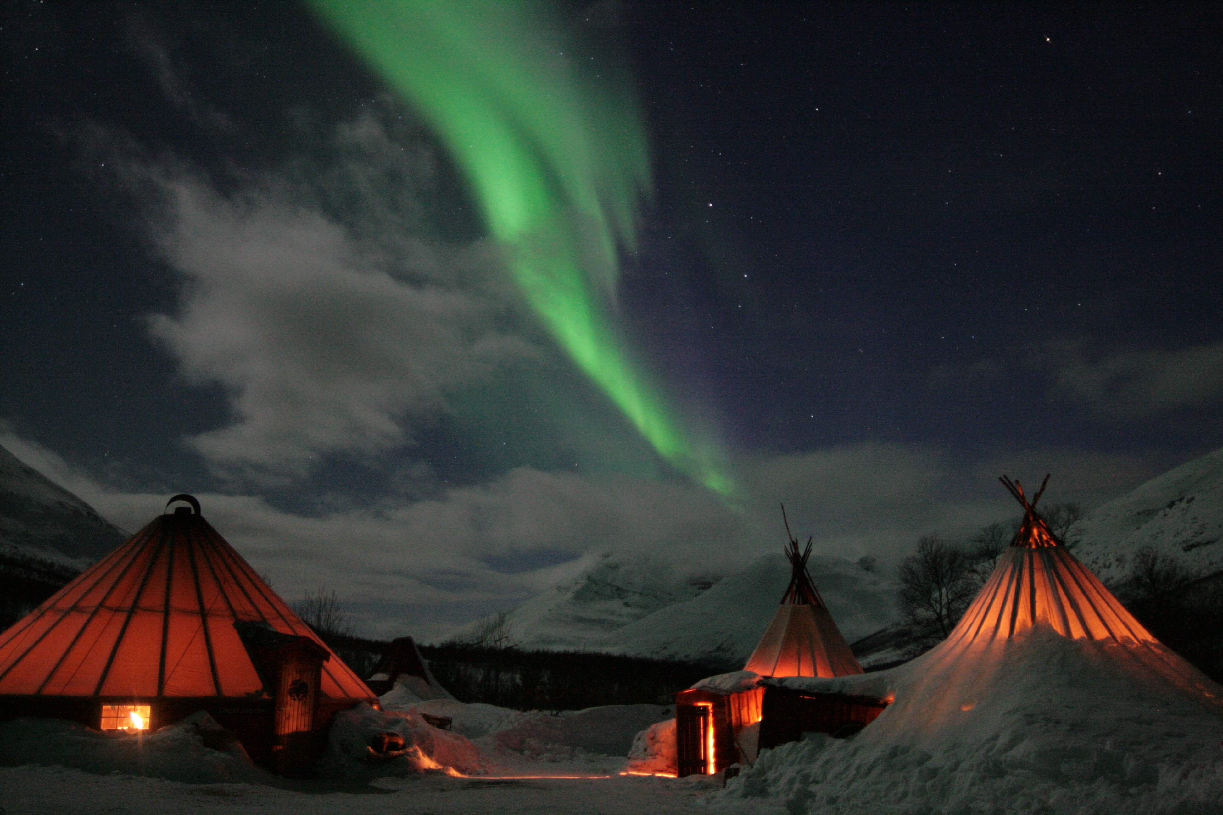 Northern Lights In Camp Tamok Nordic Experience